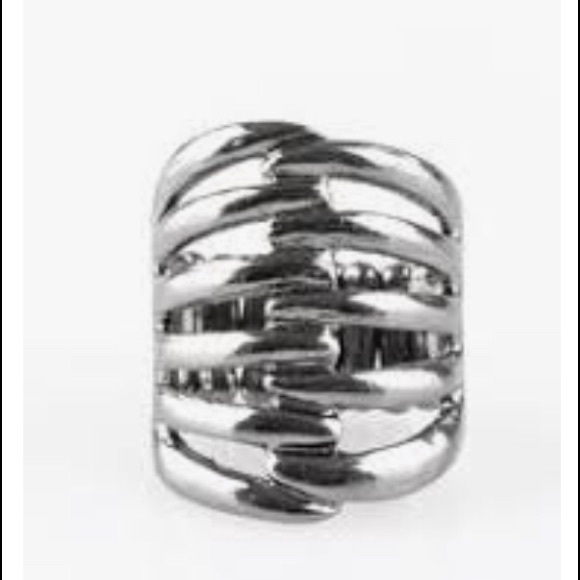 K84 Black stretchy ring